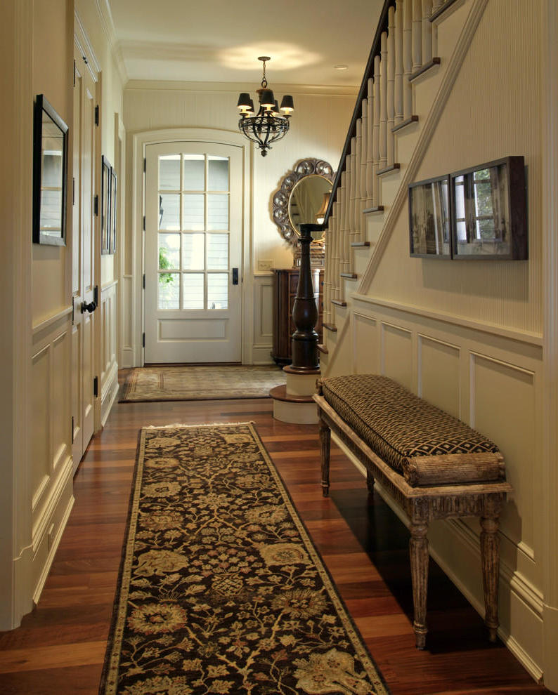 Classic Small Entryway (View 1 of 13)
