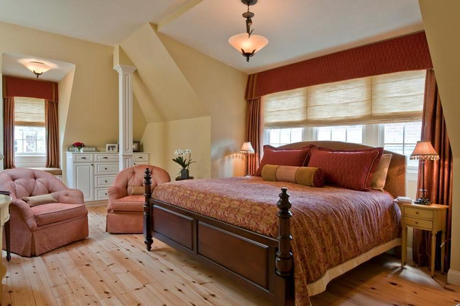 Traditional Bedroom With Fun Color (Image 7 of 9)
