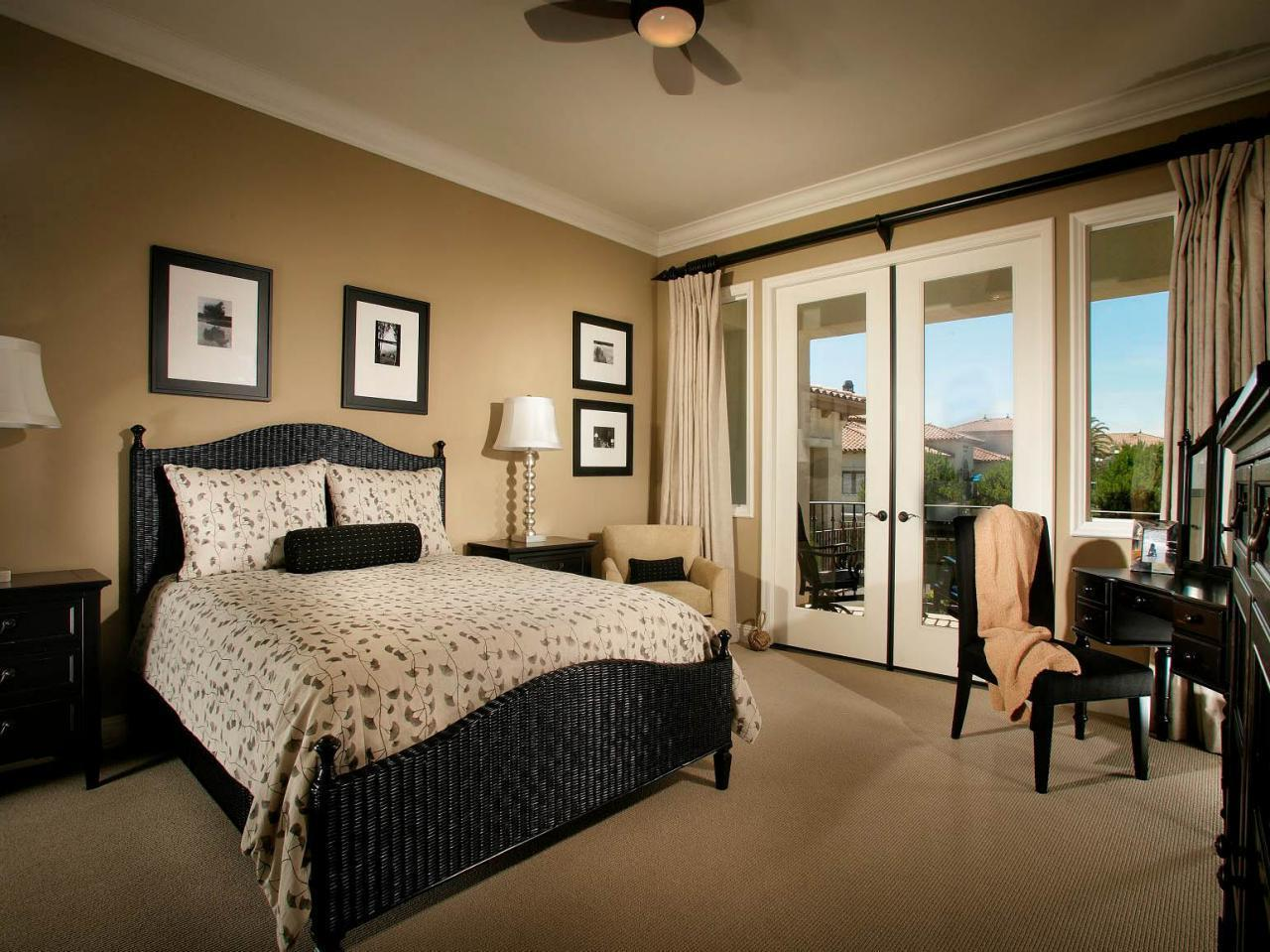 Traditional Bedroom With Neutral Color  (Image 8 of 9)