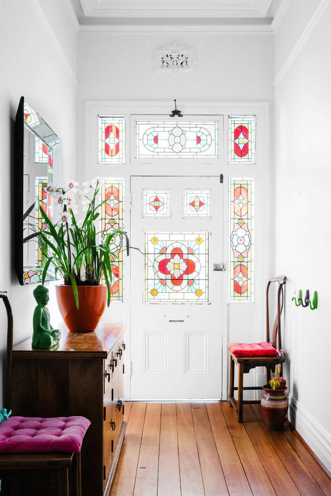 Traditional Small Entryway With Decorative Glass Door (Image 13 of 13)