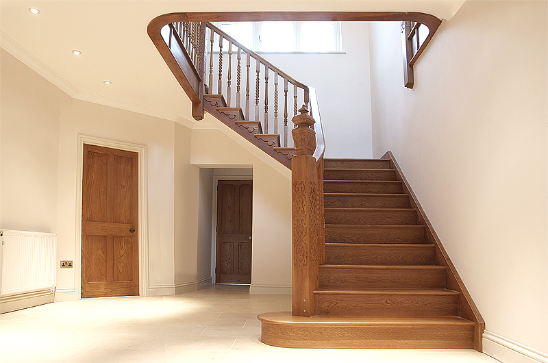 Featured Image of Minimalist Wooden Staircase