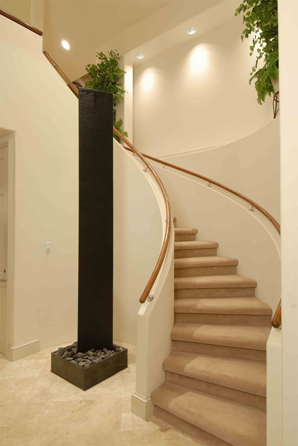 Featured Image of Modern Staircase Photo With Modern Lighting