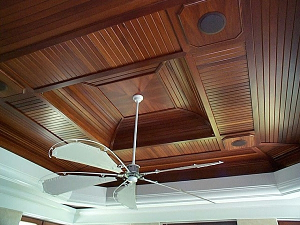 Featured Image of Modern Wooden Ceiling With Ceiling Fan Installation