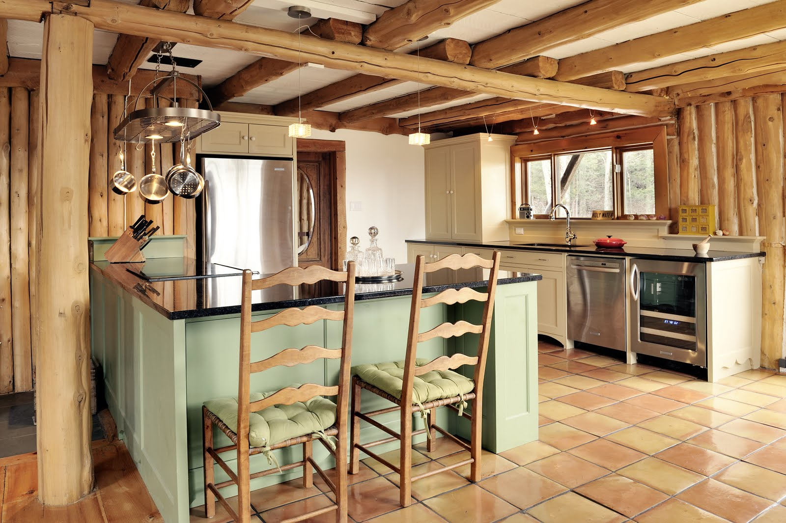 Featured Image of Rustic Kitchen Design With Wood Beam Ceiling