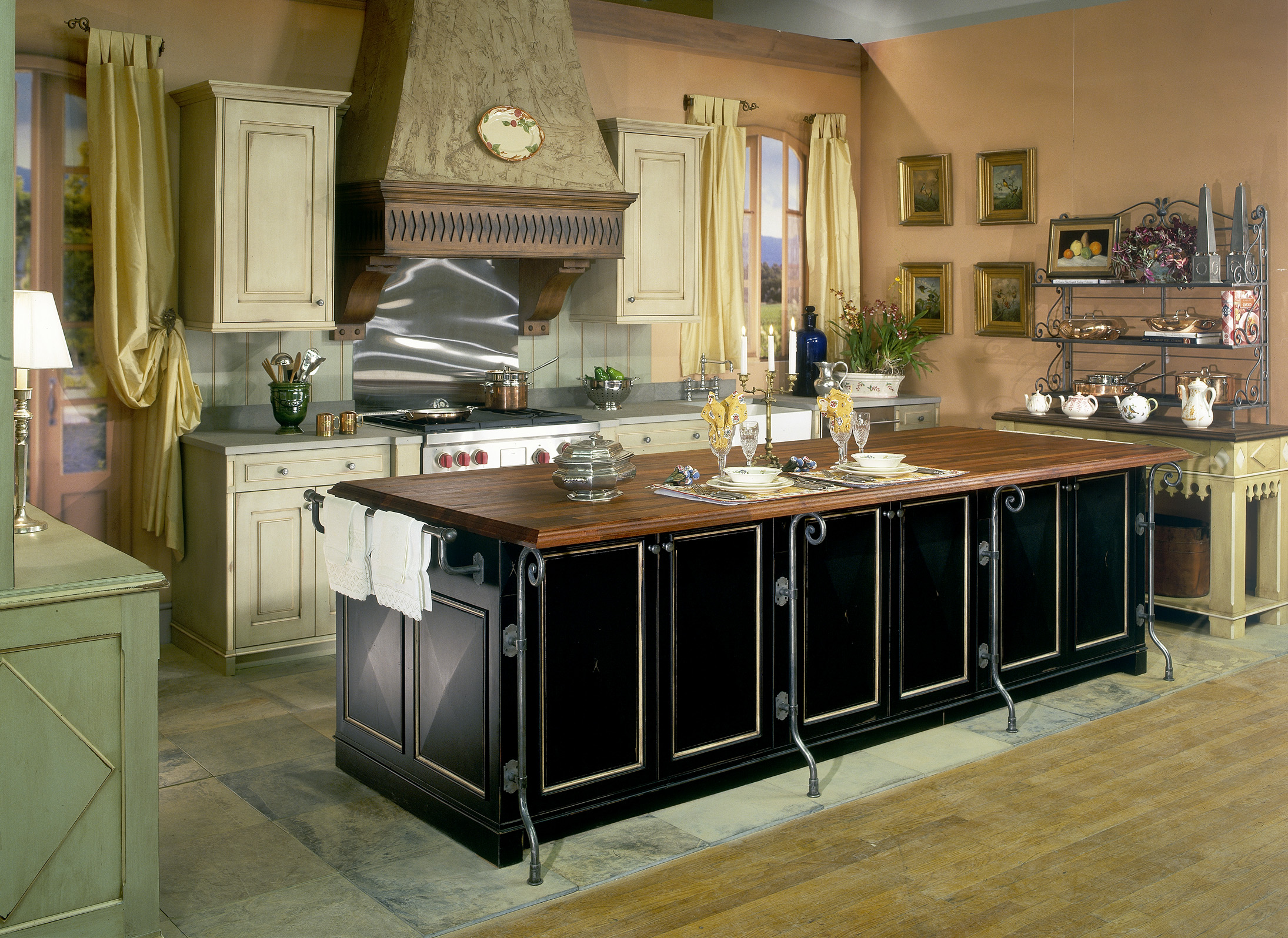 Featured Image of Rustic Kitchen With Modern Cabinet