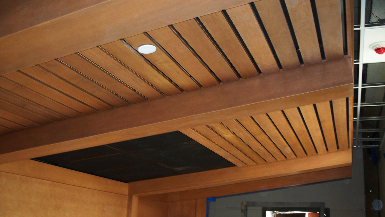 Featured Image of Simple Wood Ceiling Model