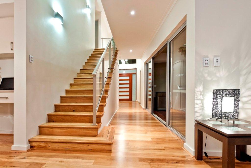 Featured Image of Straight Wooden Staircase Design