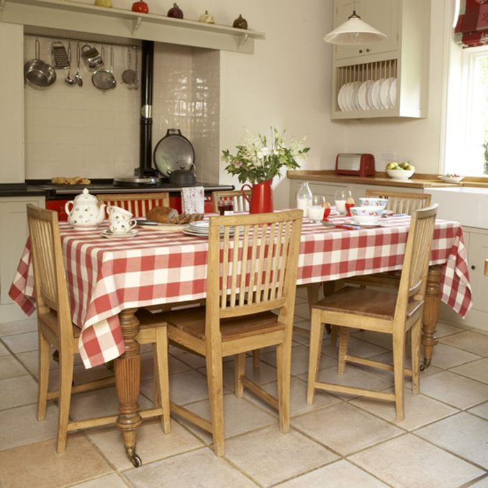 Featured Image of Traditional Dining Room Furniture Decoration In The Kitchen