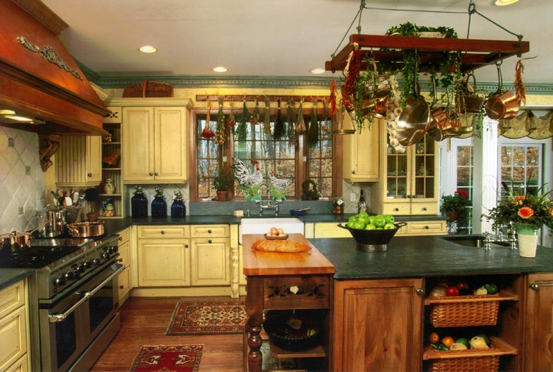 Featured Image of Traditional Rustic Kitchen Remodel