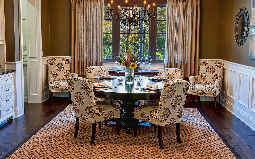2015 Best Classic Dining Room With Parsons Chairs And Wooden Table (Image 1 of 8)