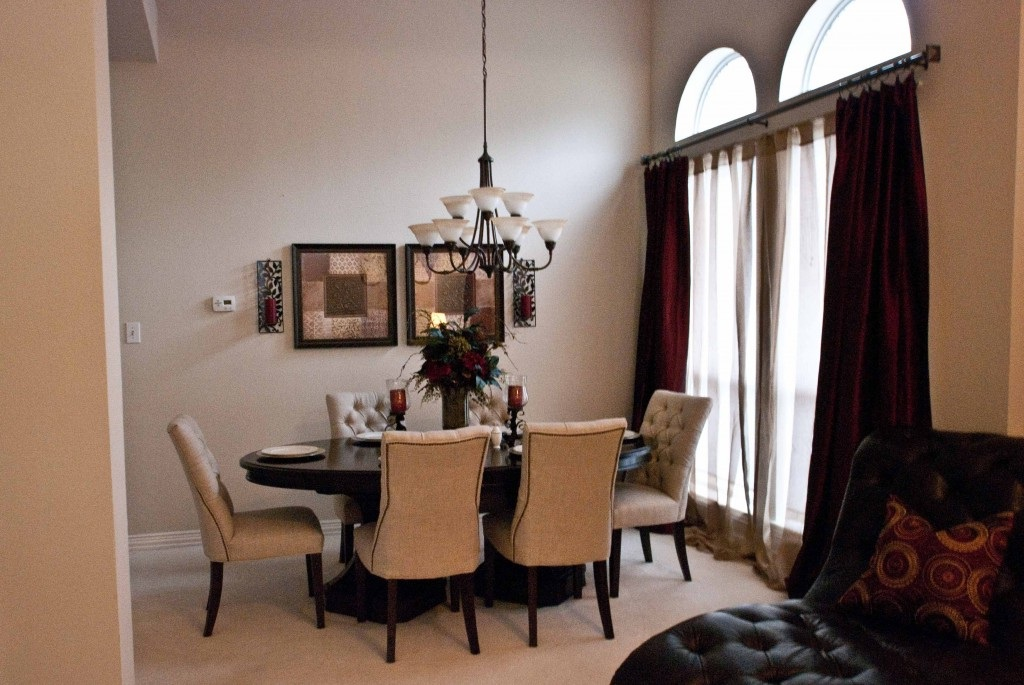 simple dining room curtain ideas for family event 686 dining room ideas. Black Bedroom Furniture Sets. Home Design Ideas