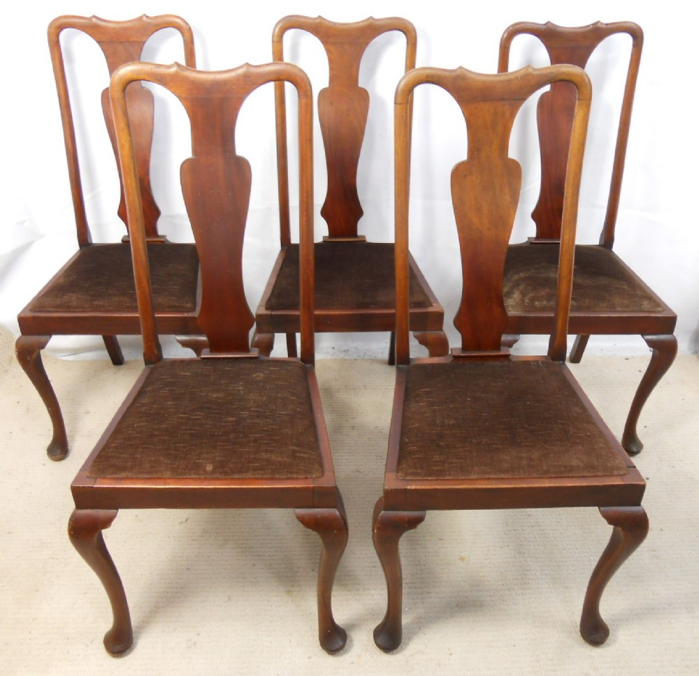 Wooden Queen Anne Chair Set (Image 11 of 11)