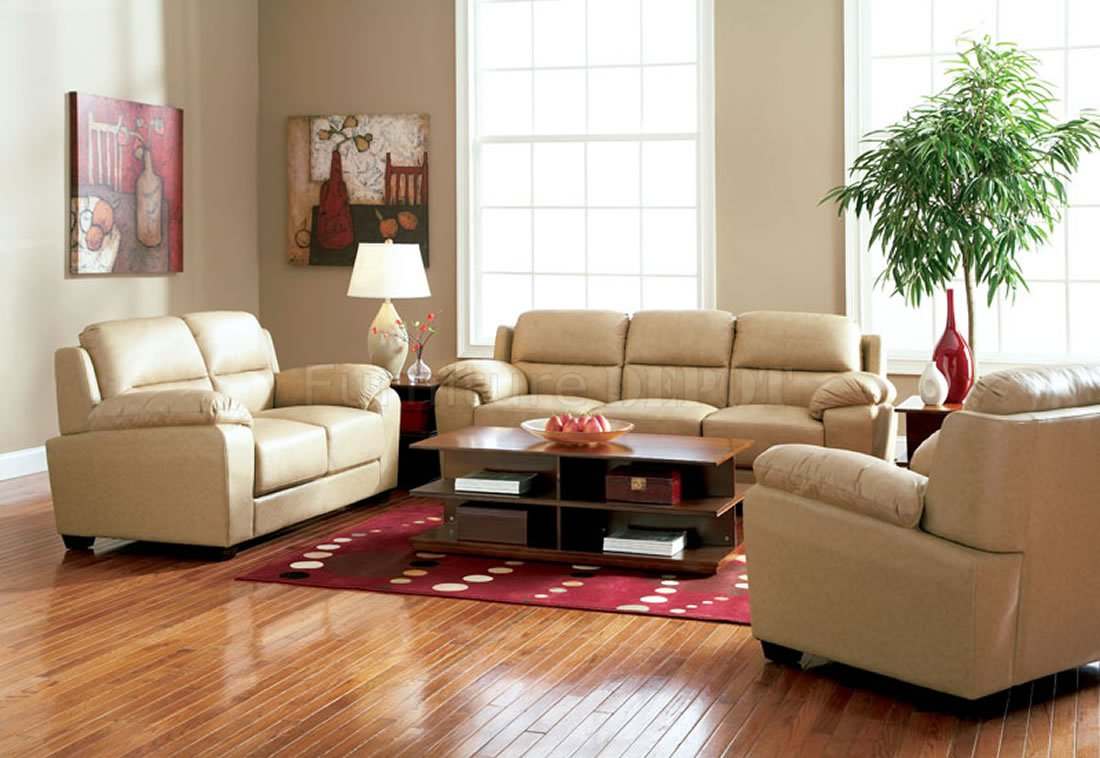 Featured Image of Contemporary Living Room With Brown Leather Sofa