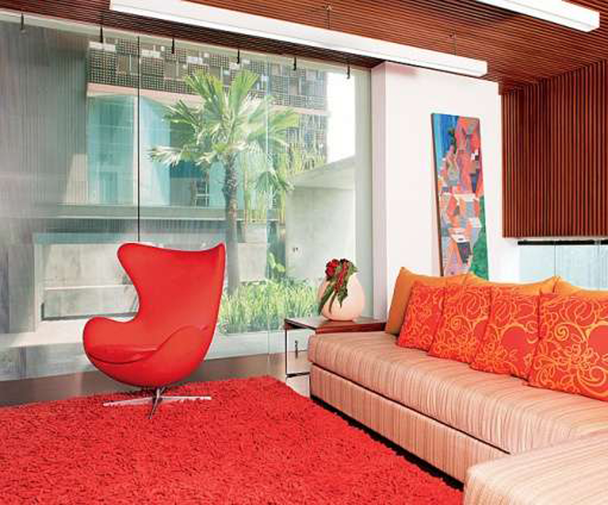 Featured Image of Cozy Living Room With Orange Sofa And Carpet