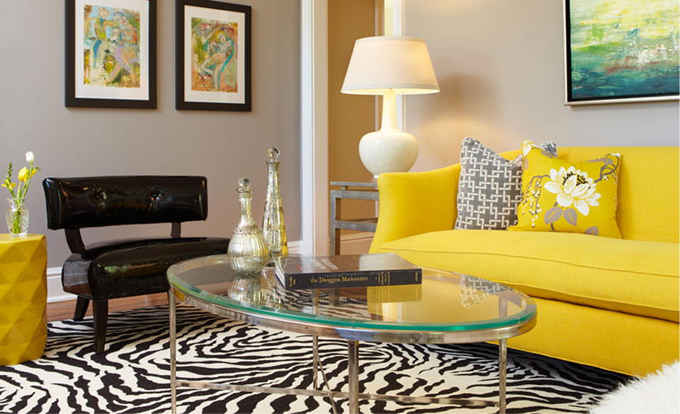 Cozy Living Room With Yellow Sofa And Black White Carpet