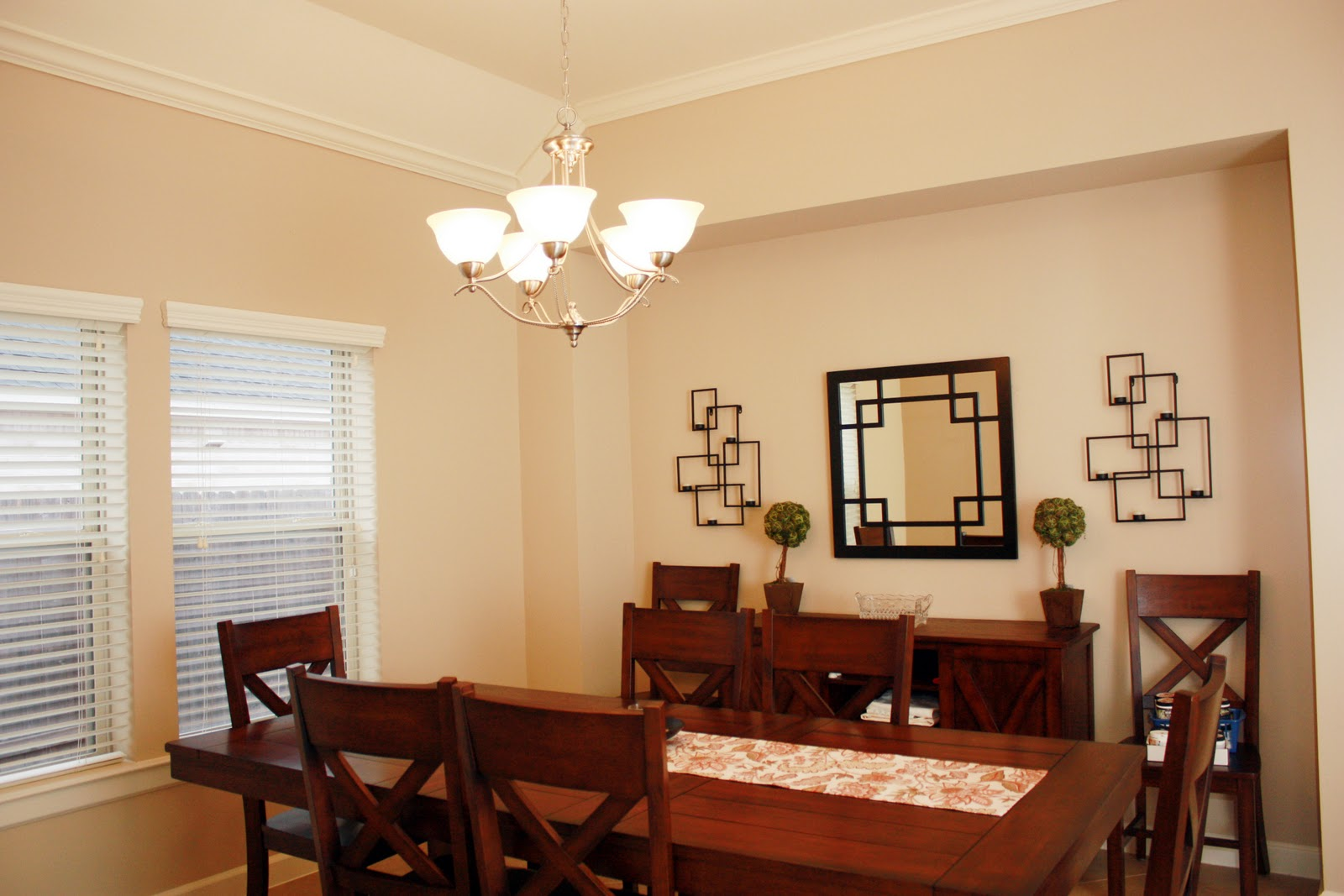 Featured Image of Dining Room Light Fixture Distance From Table