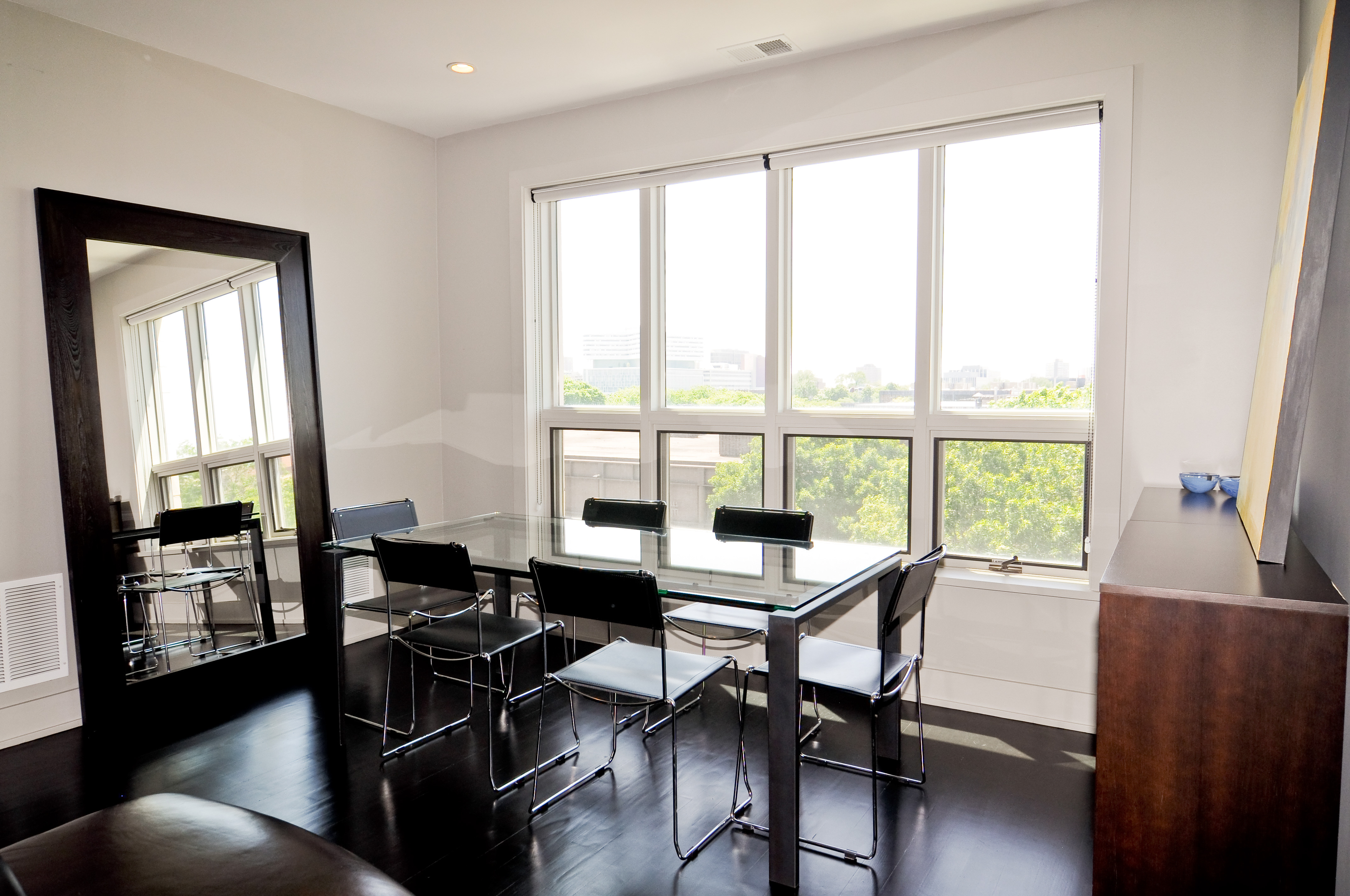 Featured Image of Dining Room Mirrors Addition As Decoration For The Dining Room