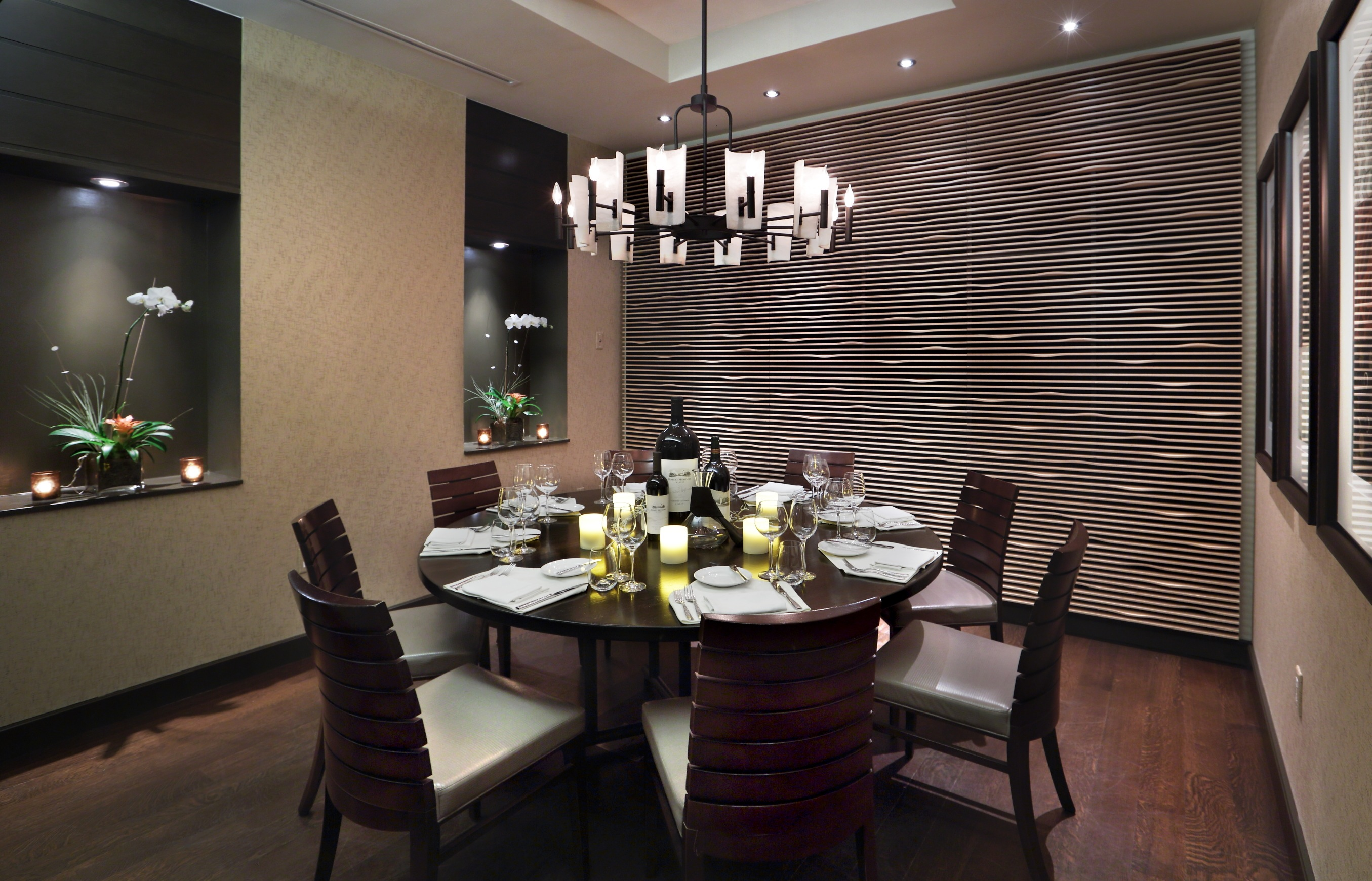 Featured Image of Glass Dining Room Pendant Light For Round Dining Room
