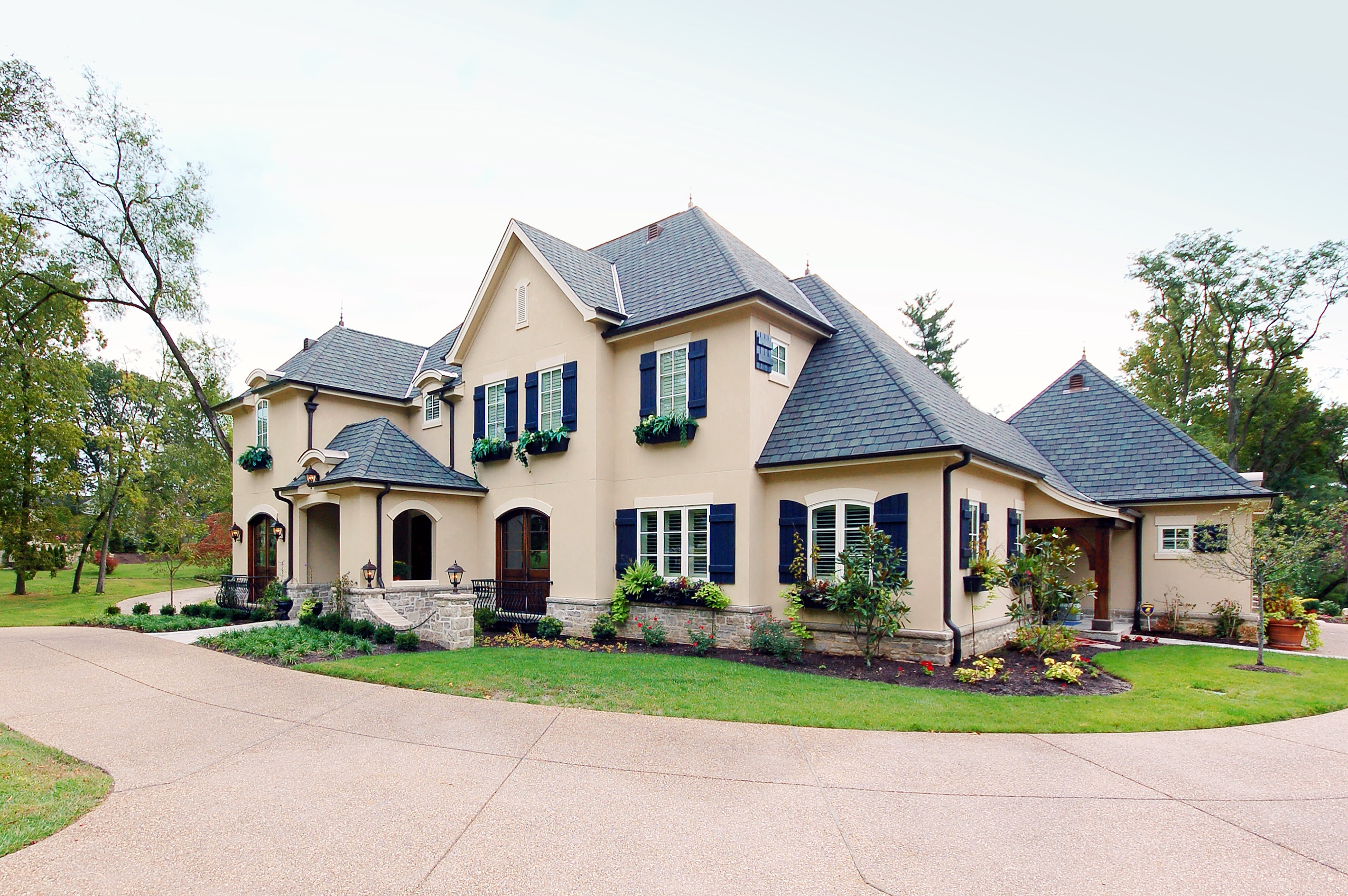 Exterior colors for french home design 2515 house decoration ideas - Country home exterior color schemes ...