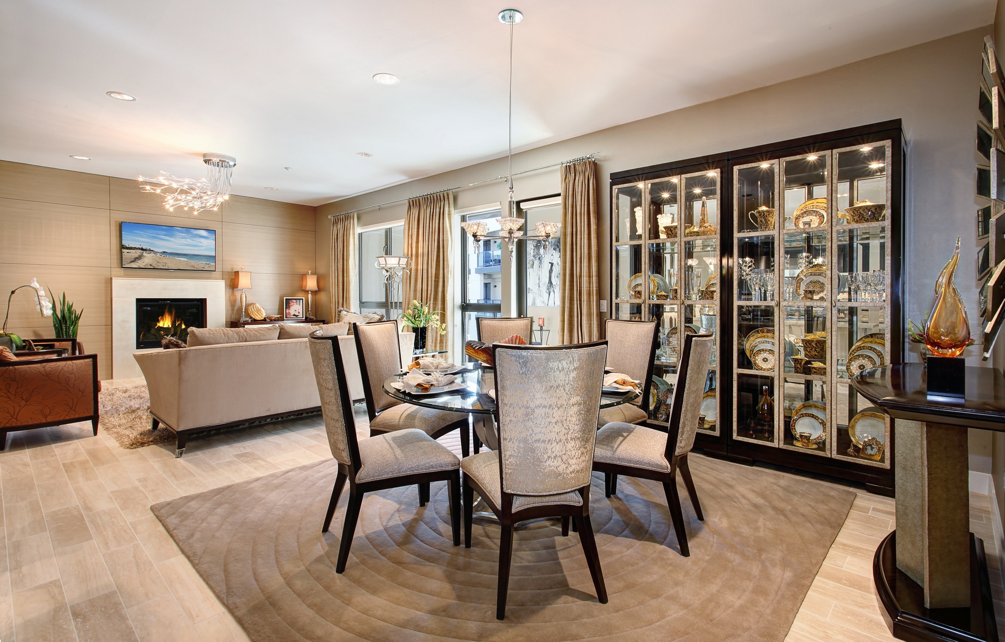 Modern Formal Round Dining Room And Living Room Interior Combo (Image 25 of 30)