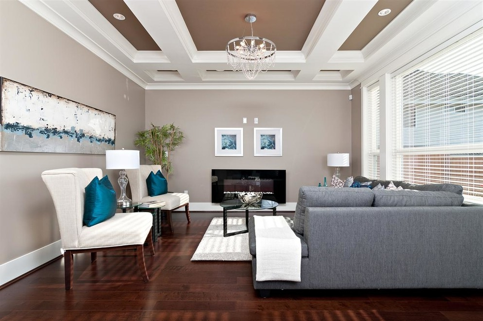 2017 Modern Living Room Color Scheme With Brown Wall (Image 1 Of 11)