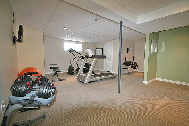 Featured Image of Basement To Gym Remodeling Ideas