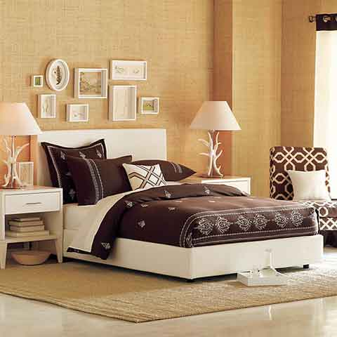 Featured Image of Bedroom Decorating Style