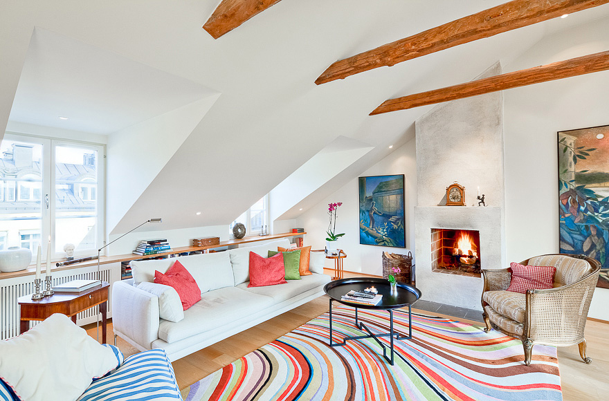 Featured Image of Best Attic Living Room Design Cozy And Colorful