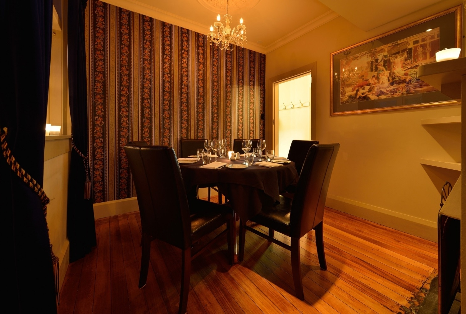 Featured Image of Best Round Dining Room Furniture