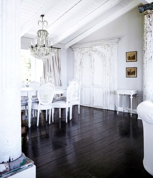 Featured Image of Black White Classic Dining Room Ideas