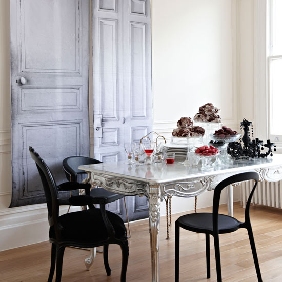 Featured Image of Black White Dining Room Interior Decoration