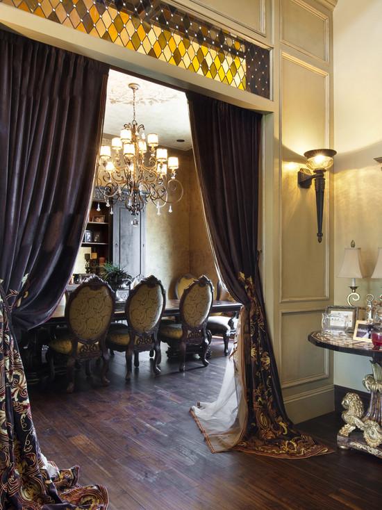 Featured Image of Classic Elegant Living Room Curtain Design