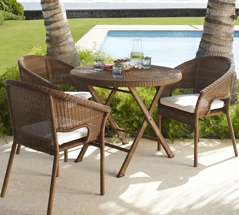 Featured Image of Classic Garden Table Design Ideas