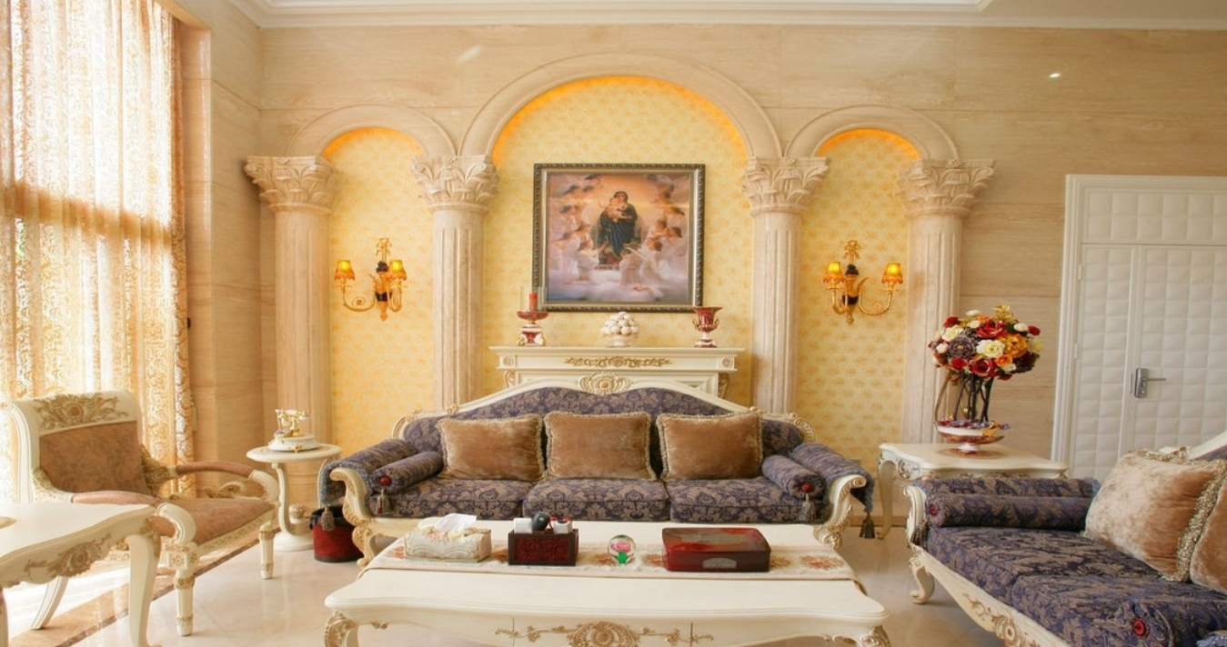 Classic italian living room 5836 house decoration ideas for Italian decorations for home
