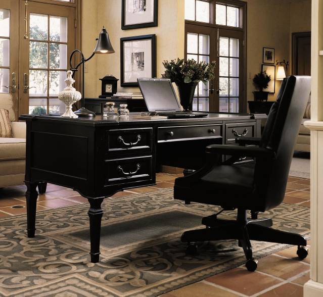 Featured Image of Classic Office Interior Furniture Design