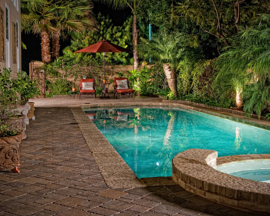 Featured Image of Classic Swimming Pool Design Ideas