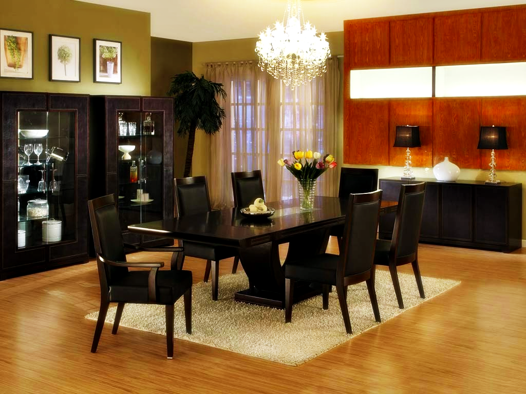 Featured Image of Contemporary Dining Table Centerpiece