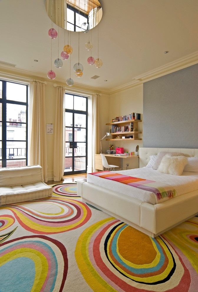 Featured Image of Contemporary Girl Bedroom With Colorful Carpet