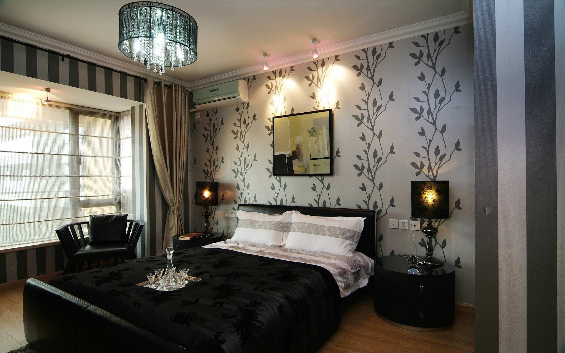 Featured Image of Contemporary Gothic Bedroom Interior And Lighting Ideas