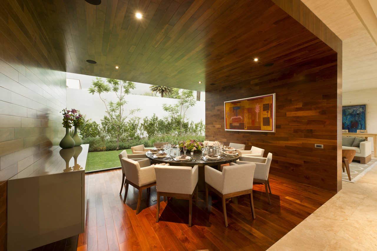 Featured Image of Contemporary Wooden Dining Room