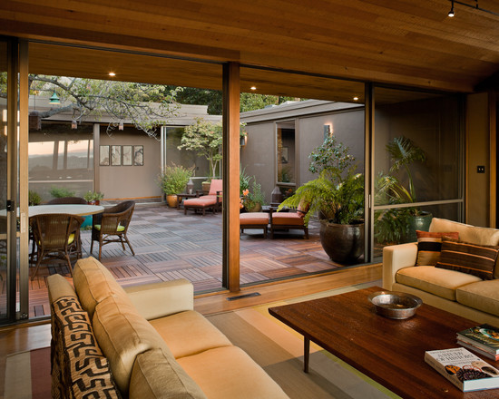 Featured Image of Courtyard Furniture Design Ideas