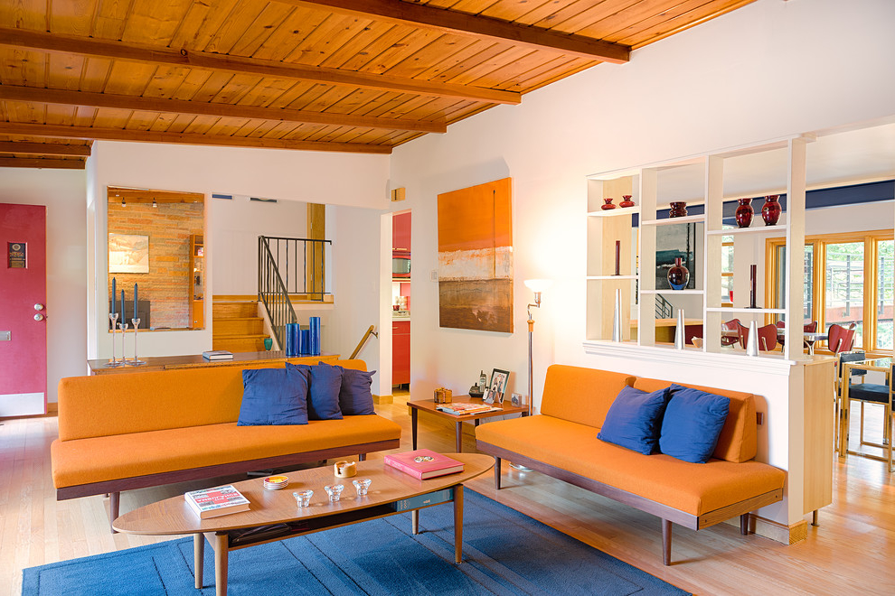 Cozy Living Room Color Scheme With Orange And Bright Color (Image 5 of 11)