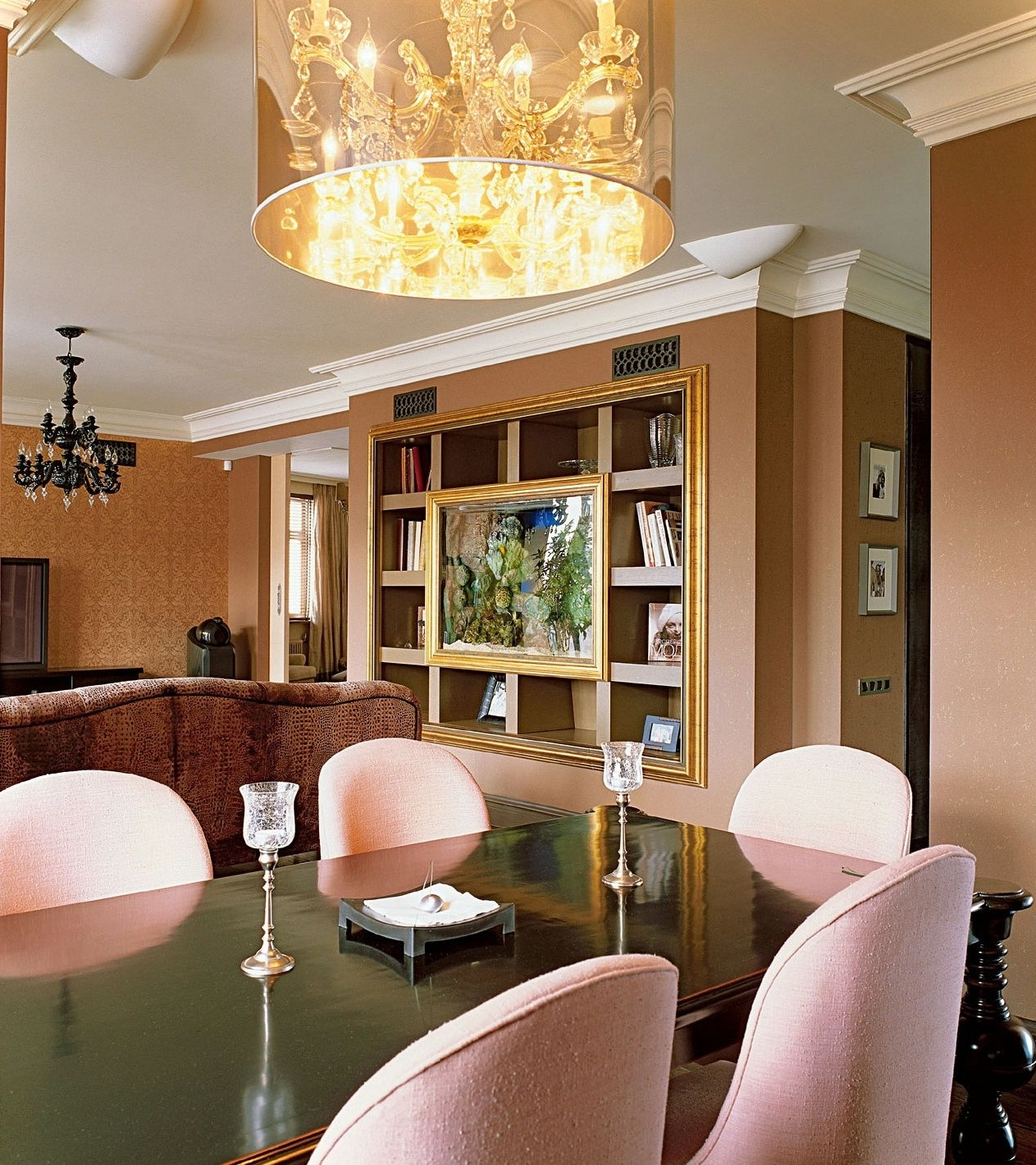 Featured Image of Deluxe Chandelier For Dining Room