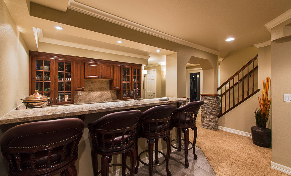 Featured Image of Deluxe Classic Kitchen In The Basement