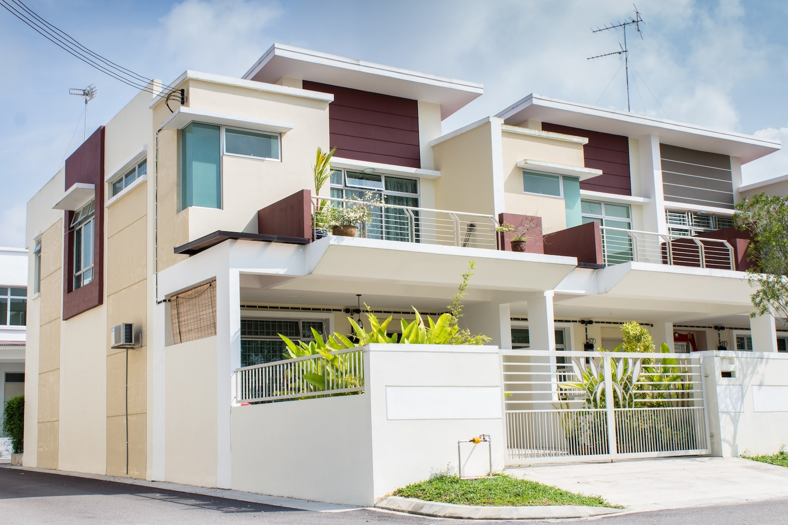 Exterior house design 2014 the image for Latest kothi designs exterior
