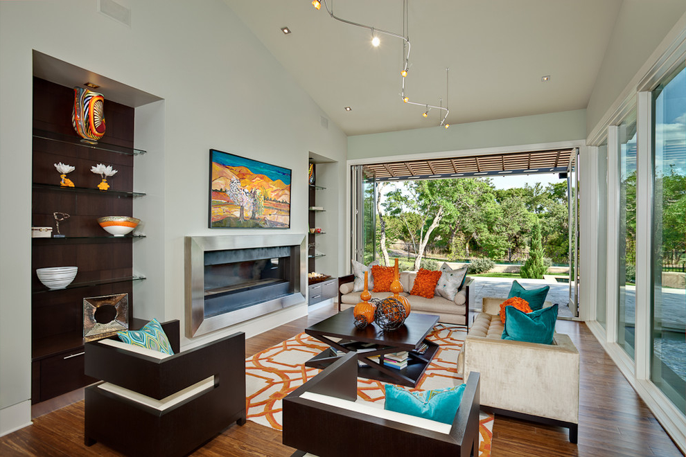 Deluxe Living Room Color Scheme With Large Glass Windows (View 4 of 11)