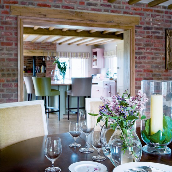 Featured Image of Dining Room Brick Wall Interior
