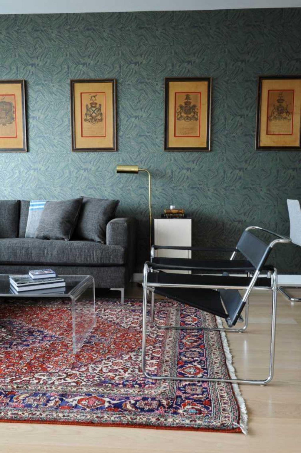 Easy Decoration For Modern Living Room With Sofa And Wassily Chair (Image 2 of 8)