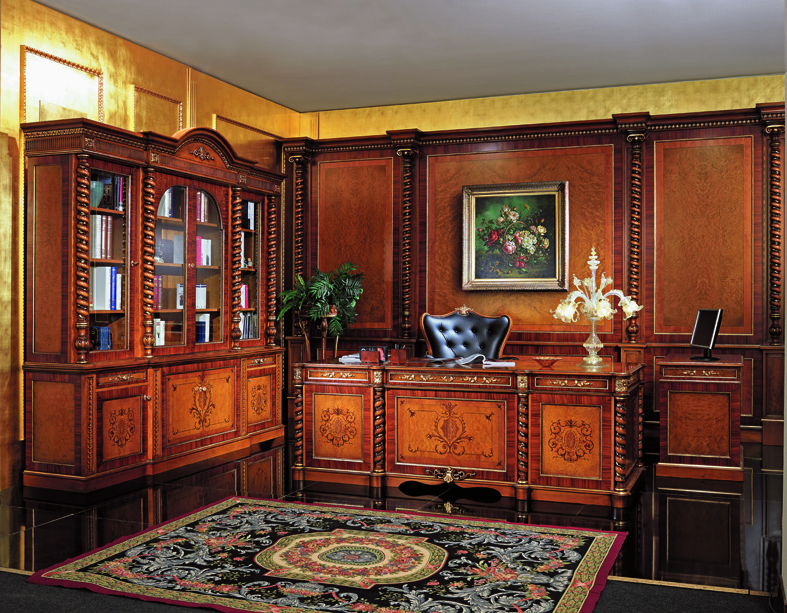 Featured Image of Elegant Classic Office Interior Design