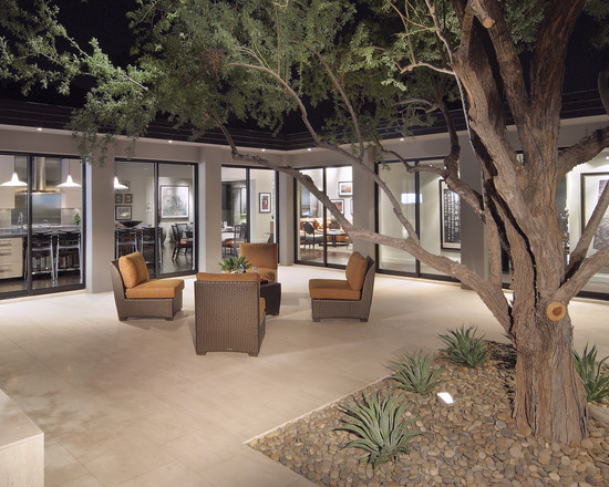 Featured Image of Elegant Minimalist Courtyard Furniture Ideas